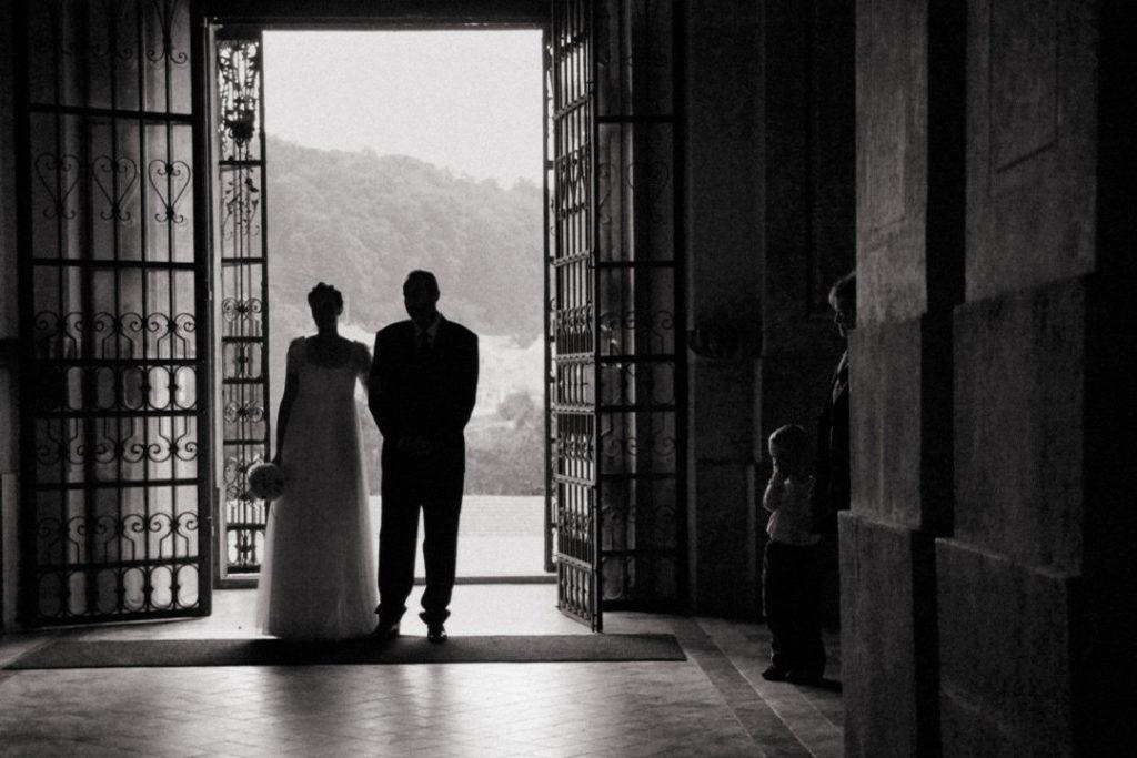 Svatební fotograf Křtiny